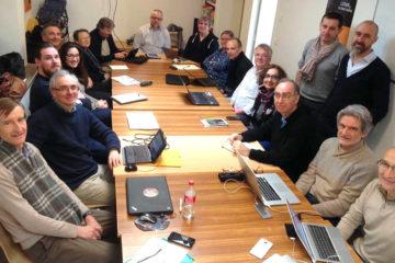 19 personnes réunion développement
